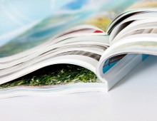 Broschüren und Programmhefte